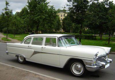 ГАЗ-13 ЧАЙКА (белый) салон белый